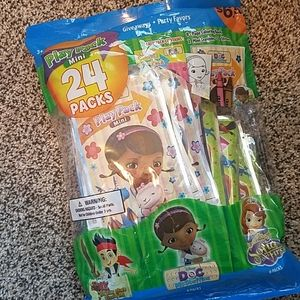 24 play pack Disney mini coloring sets NEW
